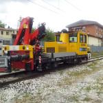 Motocarrello ferroviario con gru 75 q.li